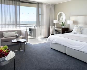 Lagoon Beach Hotel Apartments - Cape Town - Bedroom