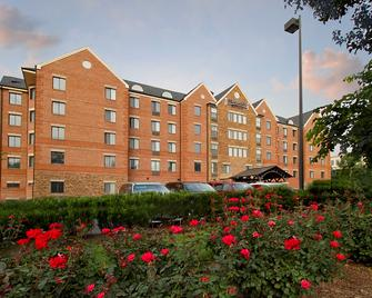 Staybridge Suites Tysons - Mclean - McLean - Gebäude