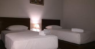3d Home Stay - South Kuta - Bedroom