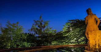 3d Home Stay - South Kuta - Vista del exterior