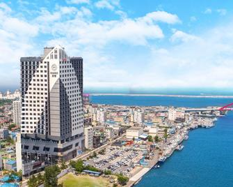 Sea Cruise Hotel - Sokcho - Building