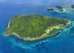 Beachcomber Seychelles - Victoria - Beach