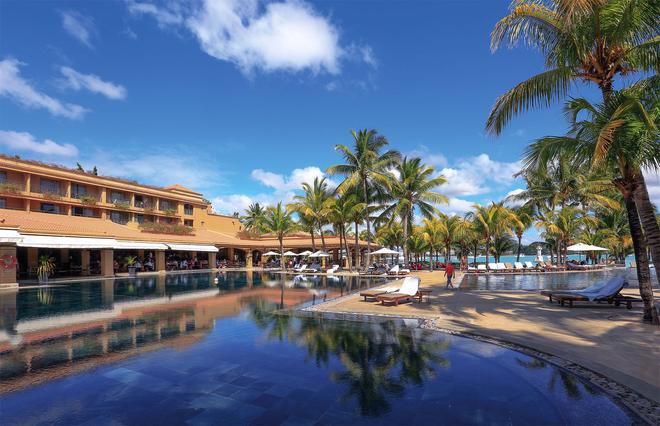 Mauricia Beachcomber Resort & Spa - Grand Baie - Building