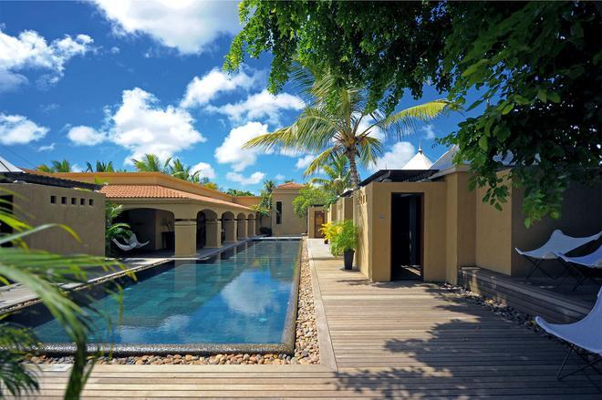 Mauricia Beachcomber Resort & Spa - Grand Baie - Pool