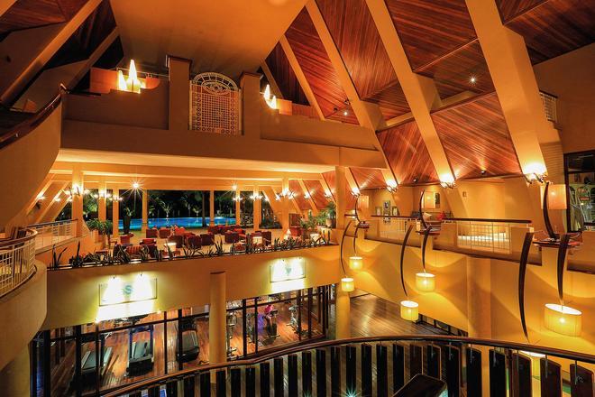 Victoria Beachcomber Resort & Spa - Pointe aux Piments - Bar