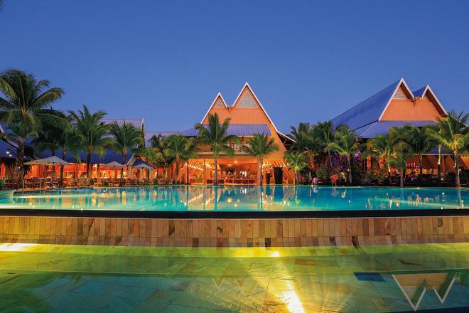 Victoria Beachcomber Resort & Spa - Pointe aux Piments - Building