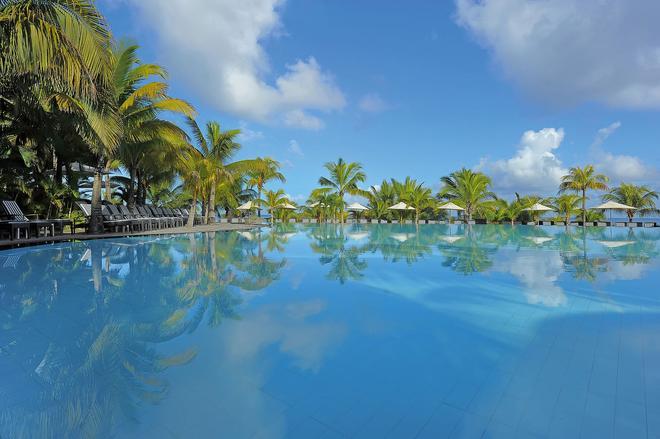 Victoria Beachcomber Resort & Spa - Pointe aux Piments - Pool