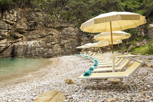 黎萊斯雷吉納喬凡娜酒店 - 索倫托 - 索倫托 - 海灘