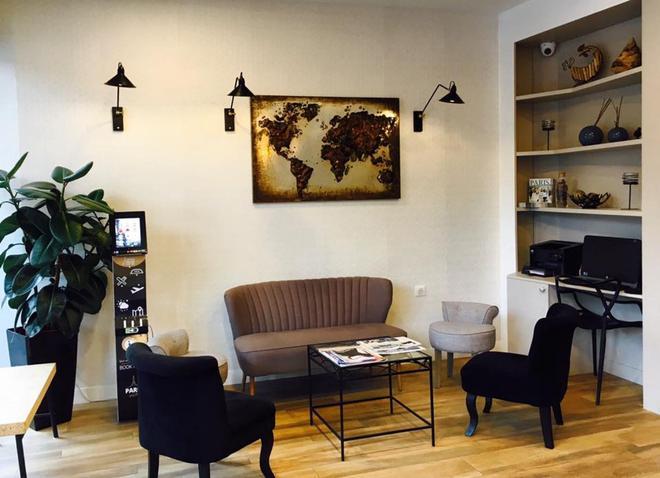 Coypel - Paris - Living room