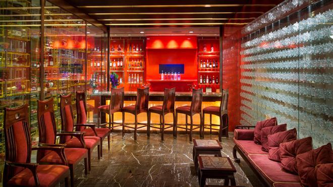 Hong Kong Disneyland Hotel - Hong Kong - Bar