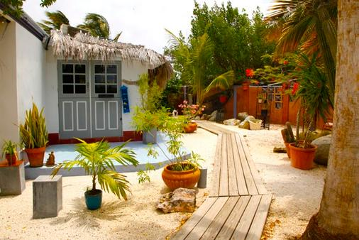 Beach House Aruba - Noord - Building