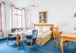 Romantisches Hotel Zur Traube Schwerin - Schwerin (Mecklenburg-Vorpommern) - Bedroom