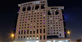 Premier Inn Dubai Ibn Battuta Mall - Dubai - Edifício