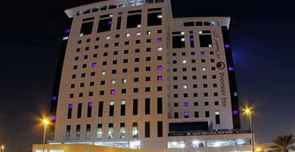 Premier Inn Dubai Ibn Battuta Mall - דובאי