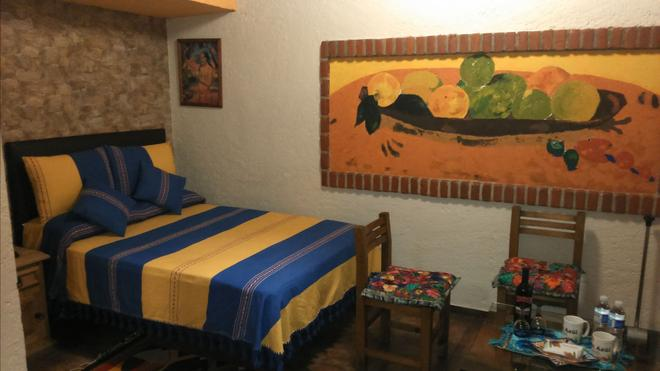 Mexsuites Casa Azul B&B - Mexico City - Bedroom