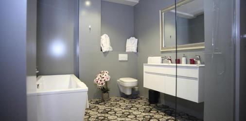 L'impronta - Brussels - Bathroom
