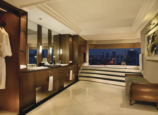 Lumire Hotel and Convention Center - Jakarta - Phòng tắm