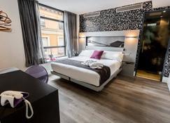 Petit Palace Plaza Mayor - Madrid - Bedroom