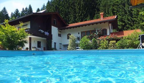 Ferienhaus Kramser - Arnoldstein - Pool