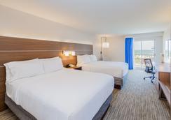 Holiday Inn Express Orange Beach-On The Beach - Orange Beach - Bedroom