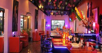 Colours Oasis Resort - San José - Bar