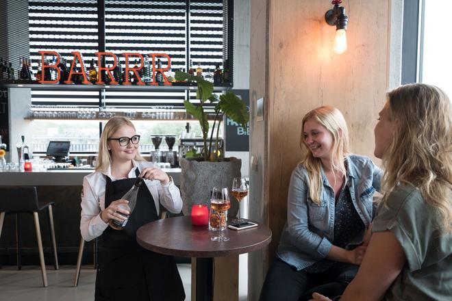 格羅寧根阿波羅酒店 - 格羅寧根 - 格羅寧根 - 酒吧