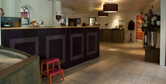 Apollo Hotel Veluwe De Beyaerd - Hulshorst - Front desk