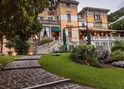 Hotel Laurin - Salò - Building