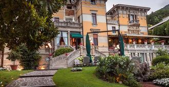Hotel Laurin - Saló - Edificio