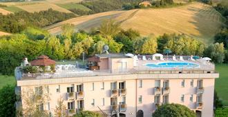 Hotel Sporting - Salsomaggiore Terme - Edifício