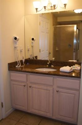 Madison Avenue Beach Club Motel - Cape May - Bathroom
