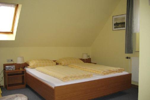 Garni Hotel-Pension Holum - Neuharlingersiel - Bedroom