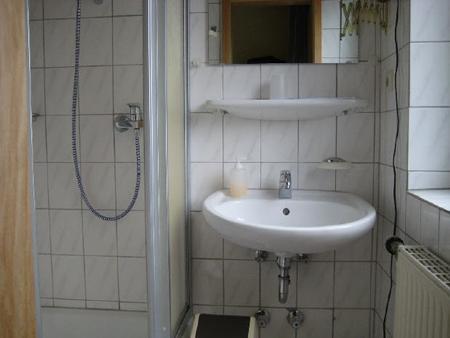 Garni Hotel-Pension Holum - Neuharlingersiel - Bathroom