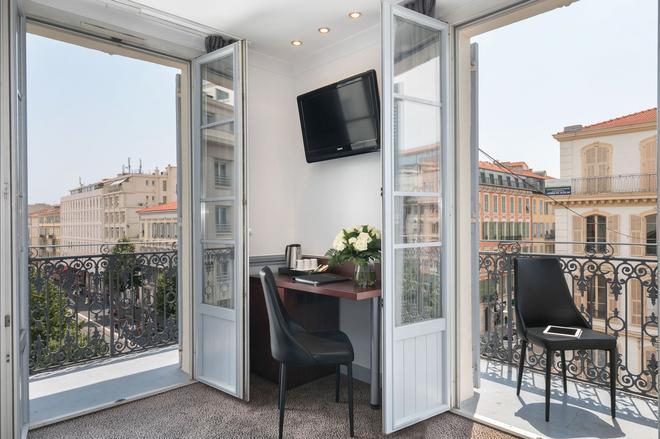 Best Western Hôtel New York Nice - Ницца - Балкон