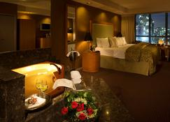 Executive Hotel Vintage Park - Vancouver - Bedroom