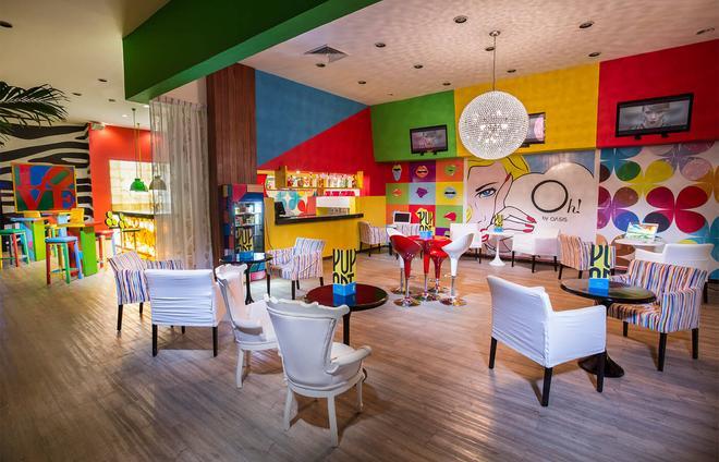 Oh! The Urban Oasis - Cancún - Bar