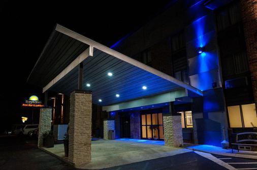 丹唐戴斯酒店 - 丹頓 - 丹頓 - 建築
