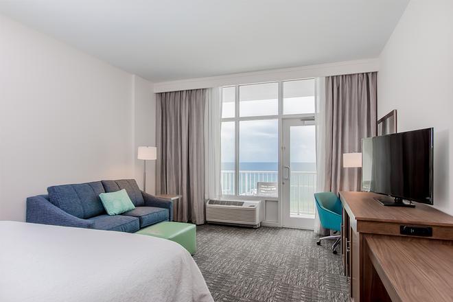 Hampton Inn & Suites Panama City Beach-Beachfront - Panama City Beach - Bedroom