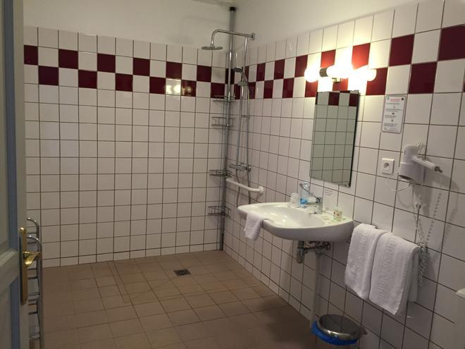 Villa Motel - Stenay - Bathroom