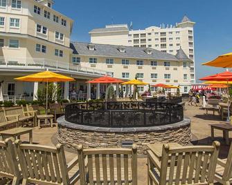 Cedar Point's Hotel Breakers - Sandusky - Terasa