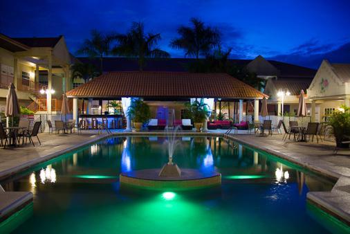 Hotel North Resort - Paramaribo - Building