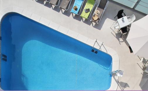 巴西酒店 - 貝尼多姆 - 貝尼多姆 - 游泳池
