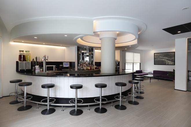 Hotel Brasil - Μπενιντόρμ - Bar