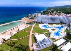 Bahia Principe Luxury Runaway Bay, Adults Only - Runaway Bay - Outdoor view