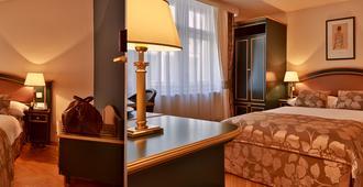 Hotel Elysee - Praga - Habitación