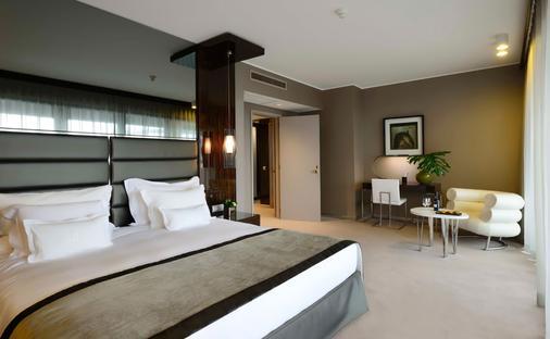 Altis Grand Hotel - Lisbon - Bedroom