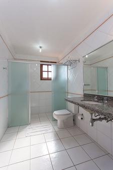 Campos do Jordão Garden Pousada Colonia - Campos do Jordão - Bathroom