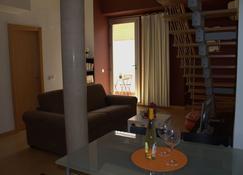 Loft Almagro - Almagro - Living room