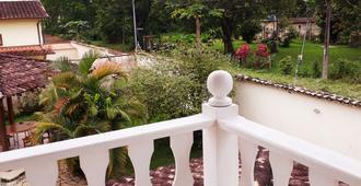 Águia Real Hostel e Pousada - Paraty - Balcony