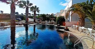 Villa Manos - Karterados - Svømmebasseng